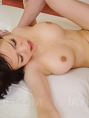 Miina Kanno Asian with hot cans screams a lot while is drilled