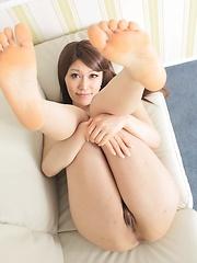 Japanese model Kiyoha Nagasaki