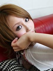 Sexy Asian gal Michiru Sakurai showing off