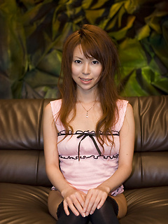 mature model Rino Asuka