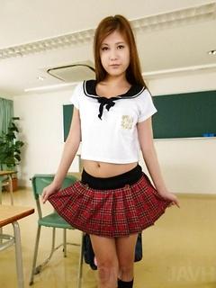 mature model Yura Kasumi